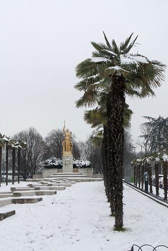 Fontaine Athéna sous la neige
