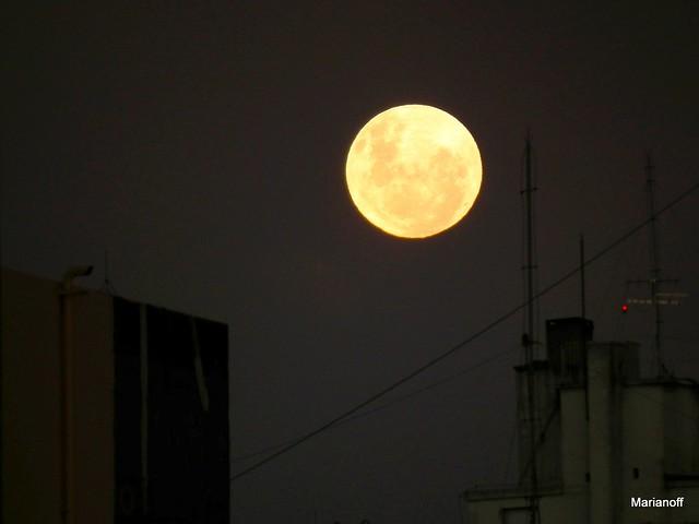 Au clair de la lune mon ami pierrot pr te moi ta plume p - Ouvre moi ta porte pour l amour de dieu ...
