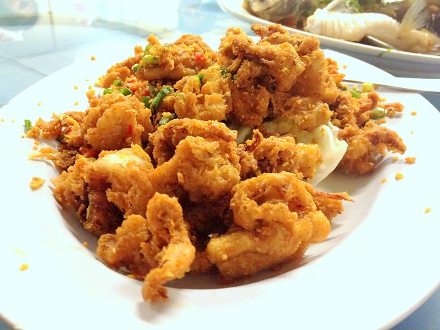 Deep Fried Calamari with Garlic
