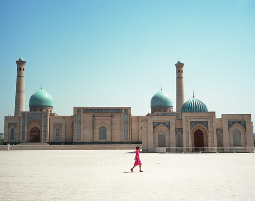 Uzbekistan, picture by so11e on Flickr. Creative Commons license.