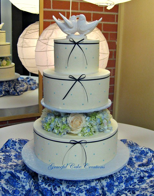 Wedding Cake Navy Blue And White