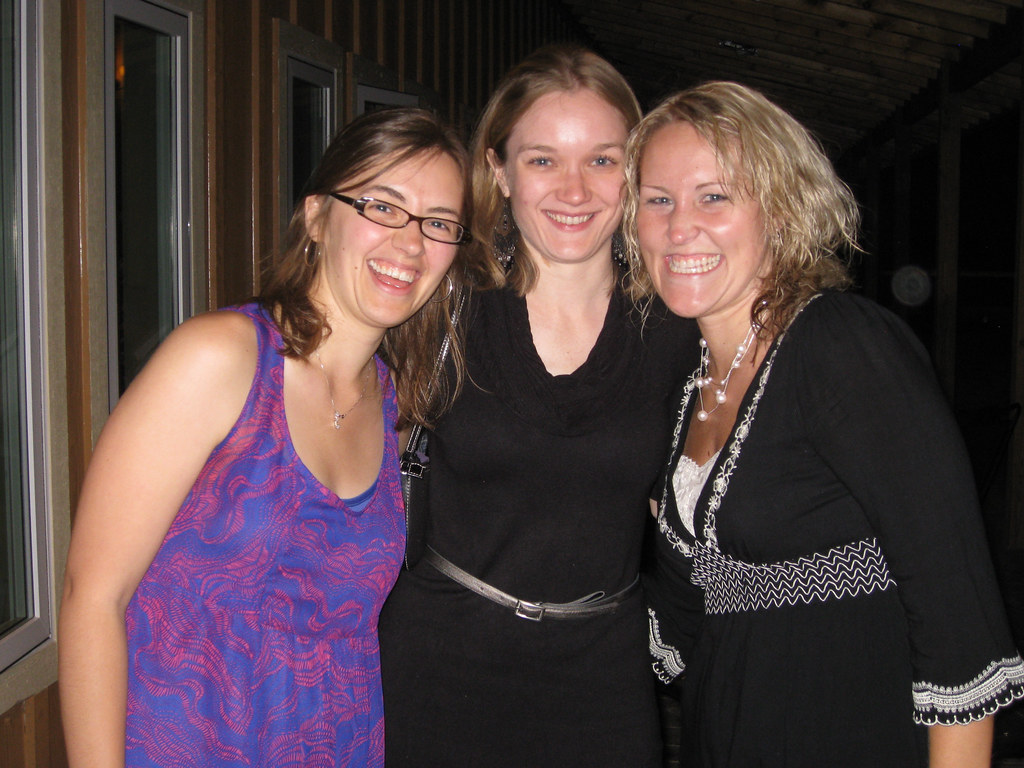 Sara, Kate & Kasie