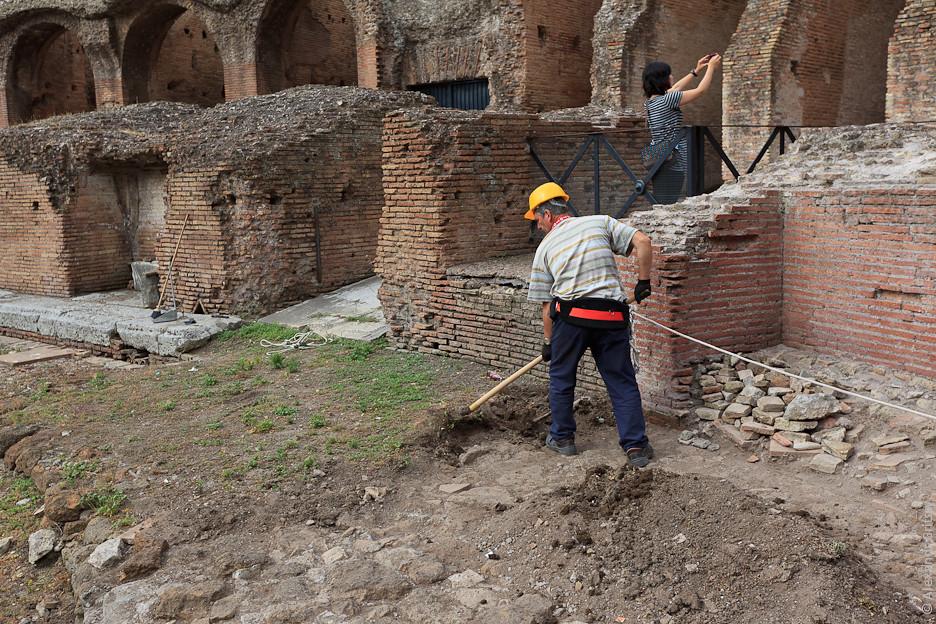 Колизей, целью построения которого было уничтожение следов правления Нерона императором