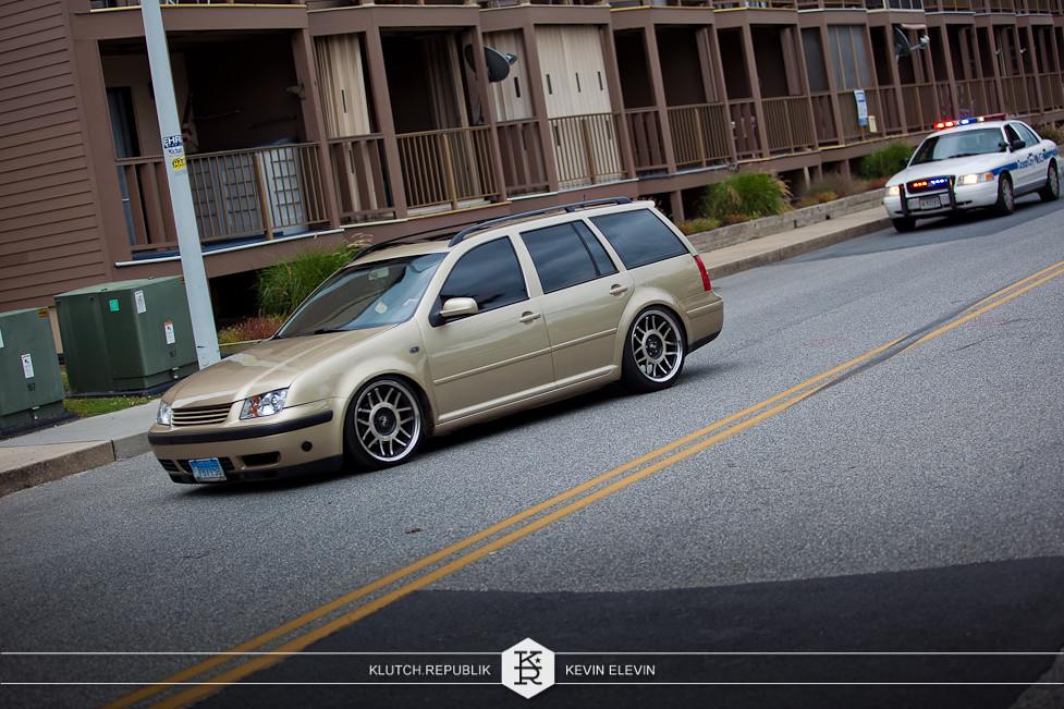 gold bronze brown vw mk4 jetta wagon boser fifteen 52 snowflakes at h2oi 2012 3pc wheels static airride low slammed coilovers stance stanced hellaflush poke tuck negative postive camber fitment fitted tire stretch laid out hard parked seen on klutch republik