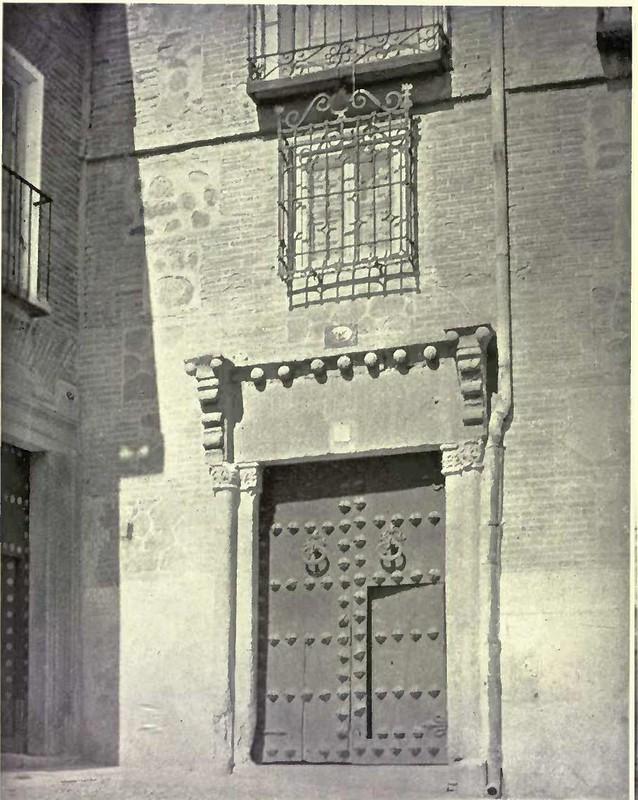 Portada en la Calle de Santa Isabel, hoy un hotel. Fotografía de Austin Whittlesey a comienzos del siglo XX. © University of Toronto