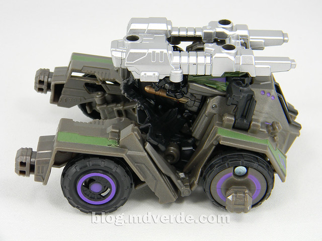 Transformers Onslaught Generations Fall of Cybertron - SDCC Exclusive - modo alterno