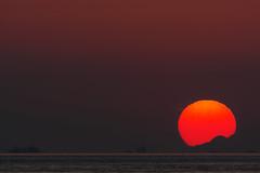 [フリー画像素材] 自然風景, 海, 朝焼け・夕焼け, 太陽, 風景 - 日本 ID:201210271600