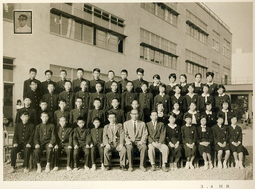 東中学卒業写真・34HR全員 1962年 by Poran111