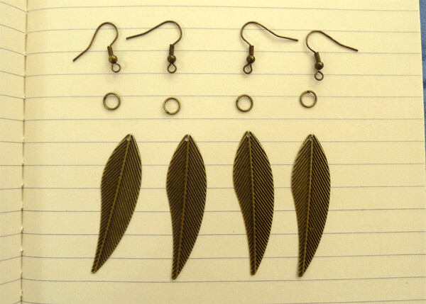Plaid Barn Earrings Kit