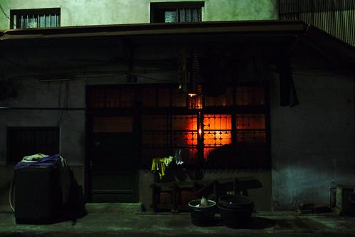 神明廳的燈光