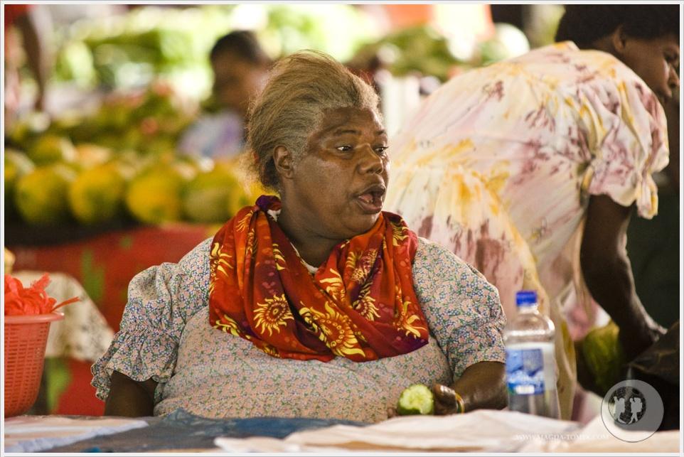 2012 08 01_Magda i Tomek Dookola Swiata_Vanuatu-rynek_DSC_0056