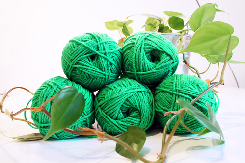 Emerald green yarns