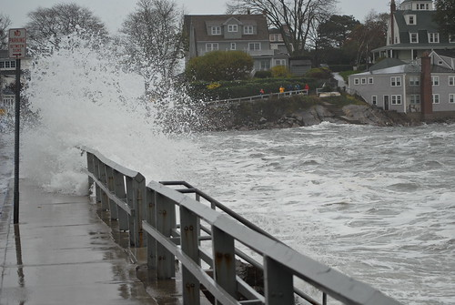 Hurricane Sandy chaos picture by Flickr User The Birkes