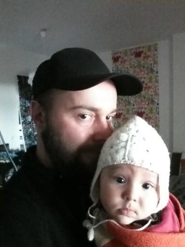 Die Mütze vom @lilobert trug schon der Papa als er noch so süß war wie sie