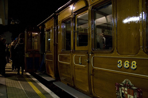 Vintage carriages collect guests