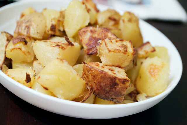 Ultra-crispy roast potatoes | Flickr - Photo Sharing!