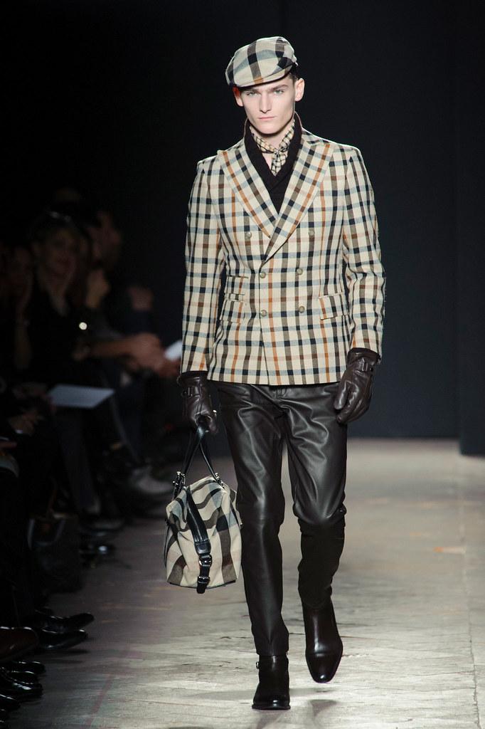 FW13 Milan Daks018_Alexander Beck(fashionising.com)