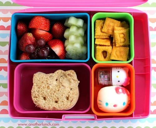 Laptop Lunches Hello Kitty school bento lunch