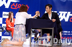 TOP_Tazza2_Showcase_Various_20140805 (14)