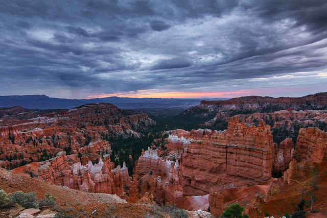 Eric Gail - Inclimate In Bryce Canyon
