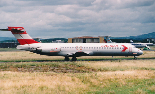 Shannon_0017 MD-80 Austrian