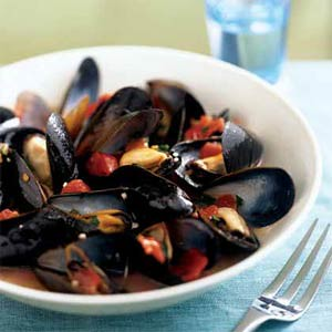 Mussel in tomato wine