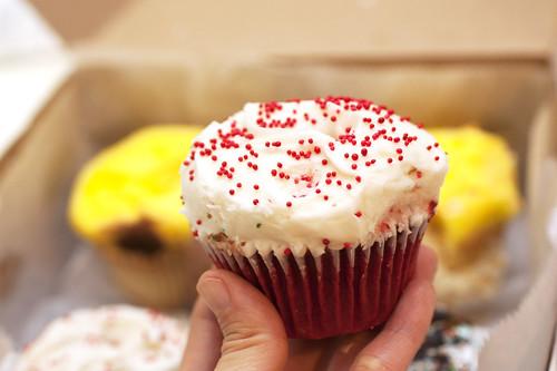 red velvet cupcake @ buttercup