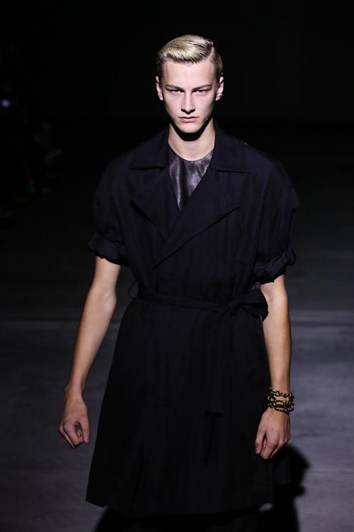 SS13 Tokyo DRESSEDUNDRESSED012_Benjamin Jarvis(Fashion Press)