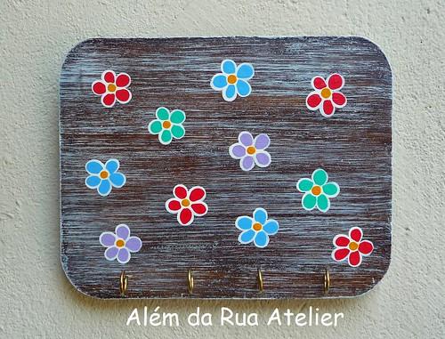 Porta-chaves com flores