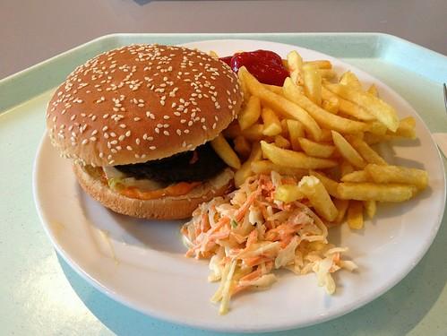 Hamburger, Pommes Frites & Coleslaw