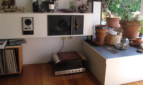 Stereo shelf, storage for records