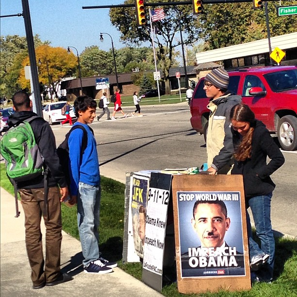 Good clawson students debating w the weirdo obama haters