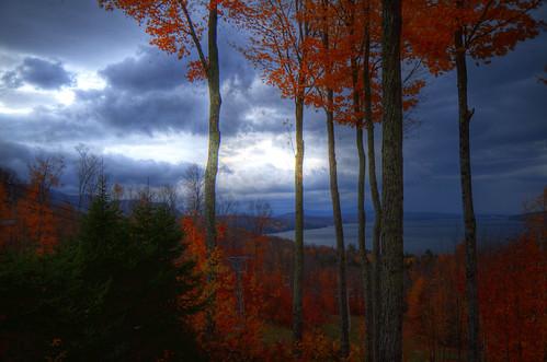 autumn trees light sky canada storm ski color automne landscape day magog lumière ciel québec paysage period hdr couleur estrie abres owlshead période cretaceous crétacé memphré laclake