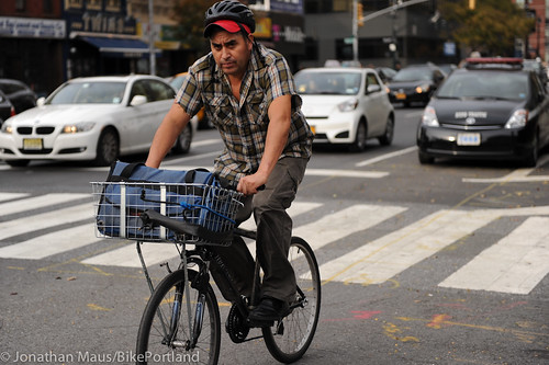 NYC delivery men-2