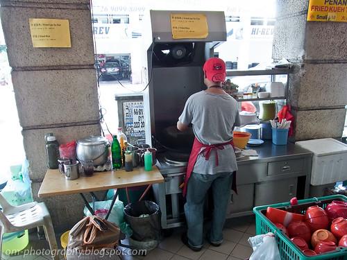 char kueh teow / char kway teow / char kuey teow / char koay teow at restoran 8888, damansara perdana R0019388 copy