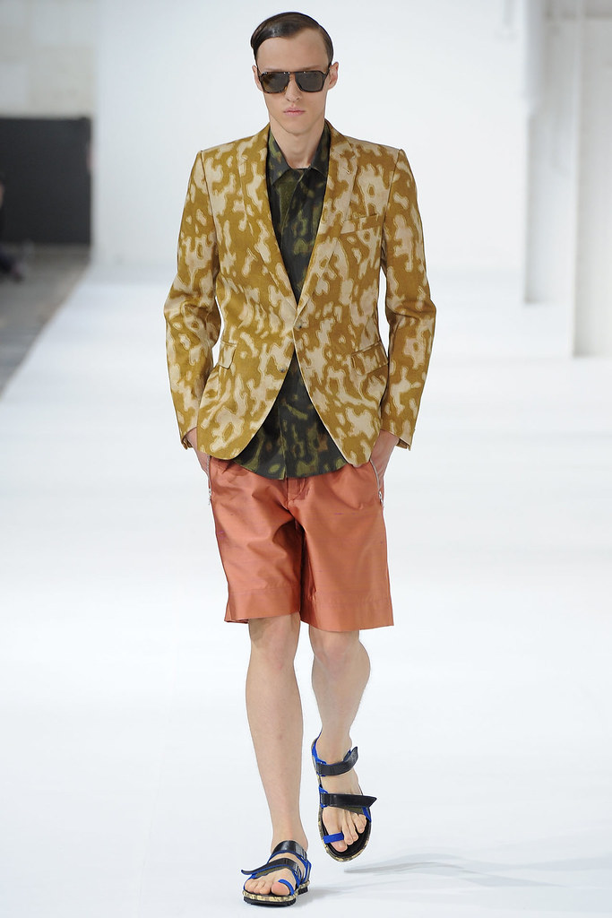 Alex Maklakov3006_SS13 Paris Dries Van Noten(fashionising.com)