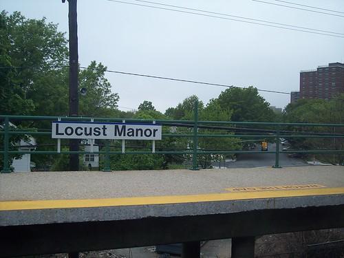 Locust Manor