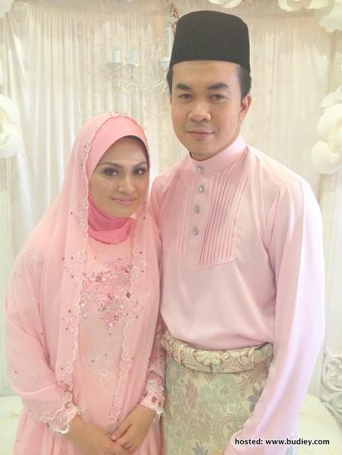 Gambar Majlis Merisik Pereka Fesyen Ezuwan Ismail & Zahie Omar