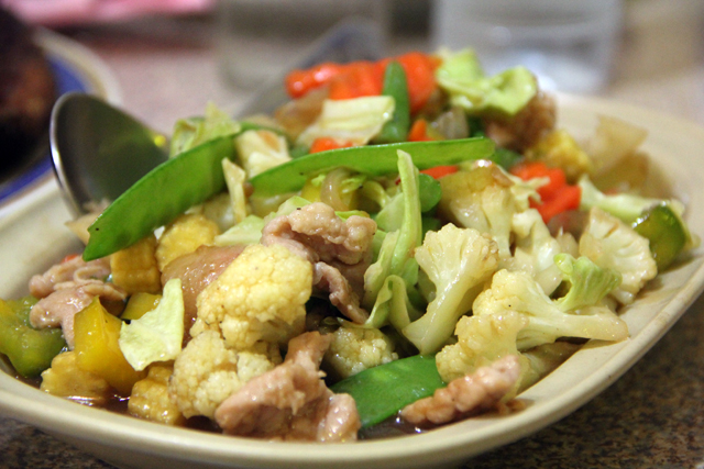 Filipino food in bangkok new mabuhay restaurant in pratunam for Cuisine in tagalog