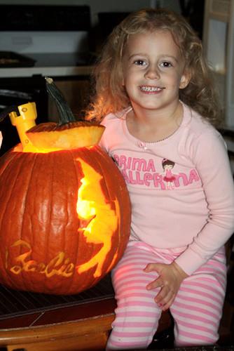 Autumn-with-her-pumpkin