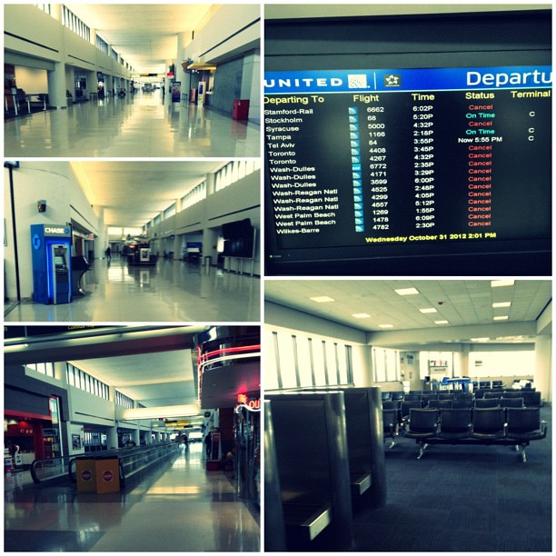 305/366: Ghost airport