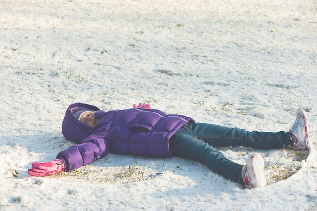 040 Abby snow angel