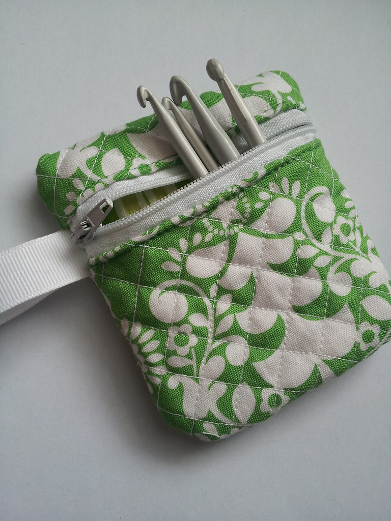 Quilted Mini Crochet Hook pouch