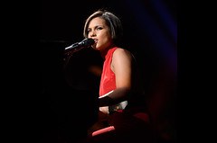 Alicia Keys Annnouces 'Set The World On Fire' North American Tour