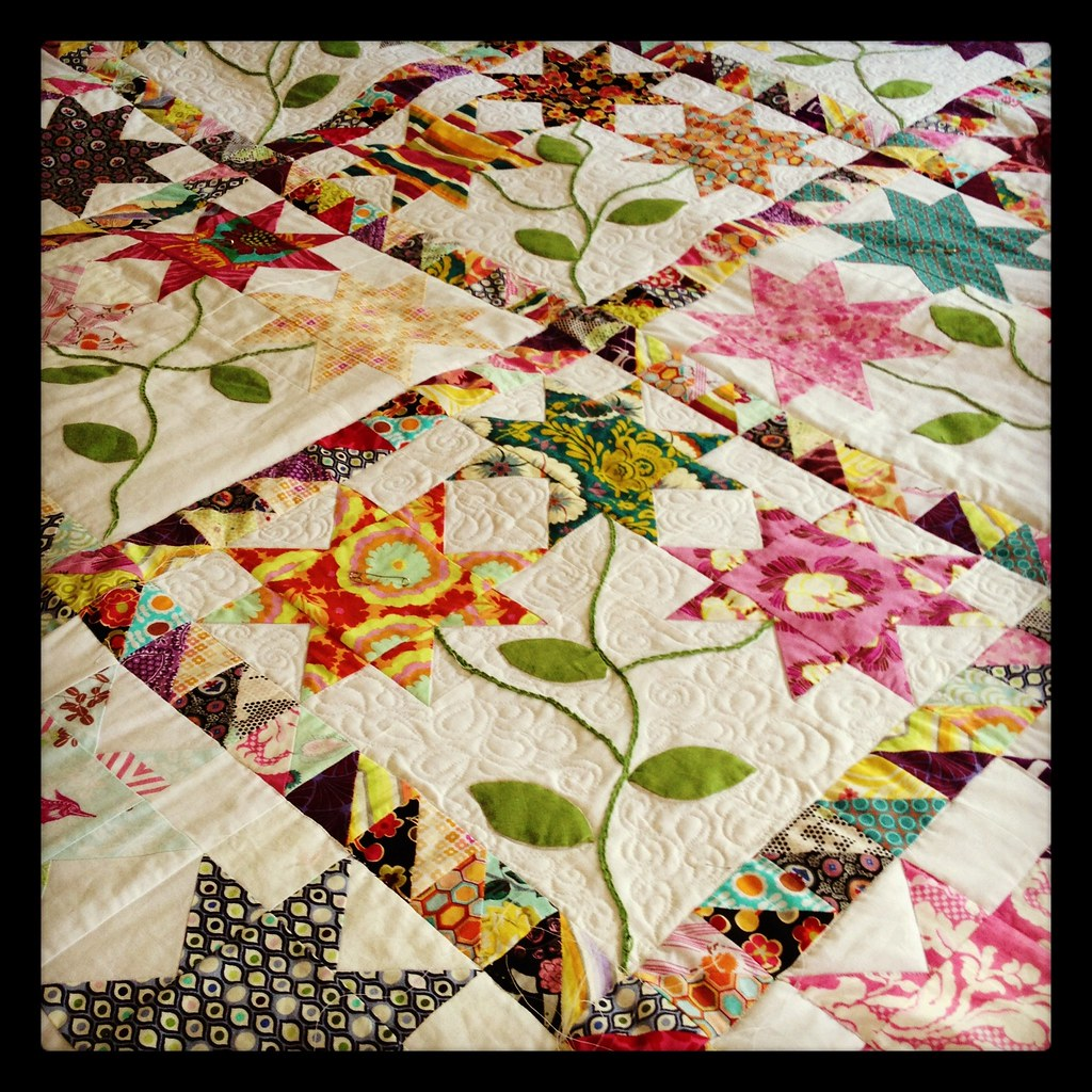 Armchair Quilter: Quilting progress and hexies