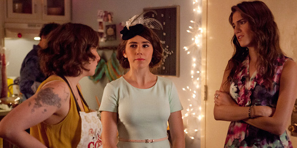 Hannah, Shoshana, and Marnie confab at a party in the frst episode of Girls season 2