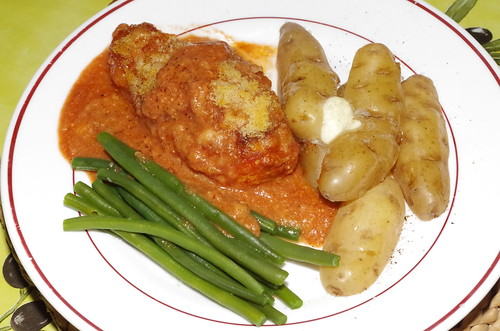 Chicken breasts baked with tomato passata and mozzarella by La belle dame sans souci