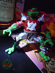 """MUTANT EXTREME SEWER SPORTS"" TEENAGE MUTANT NINJA TURTLES :: M.E.S.S. RAPH iii (( 2006 ))"