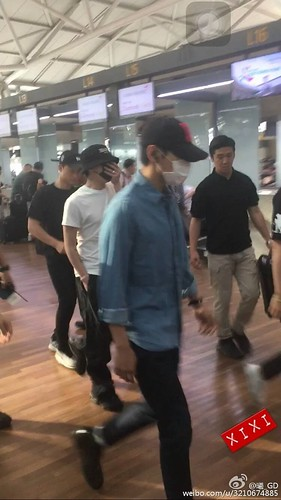 BIGBANG Departure Seoul Incheon to Foshan 2016-06-10 (18)