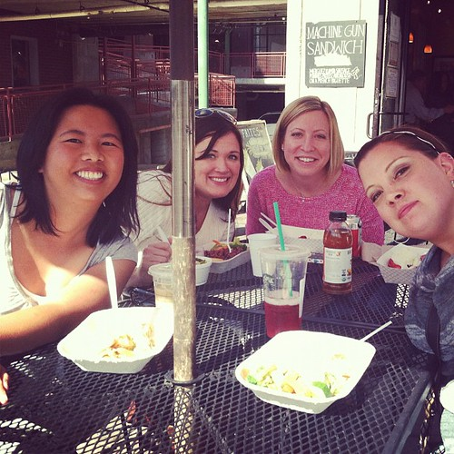 Lunch time with @sukie80 @kelbysews @freshlypieced @sewfantastic ! #sewingsummit